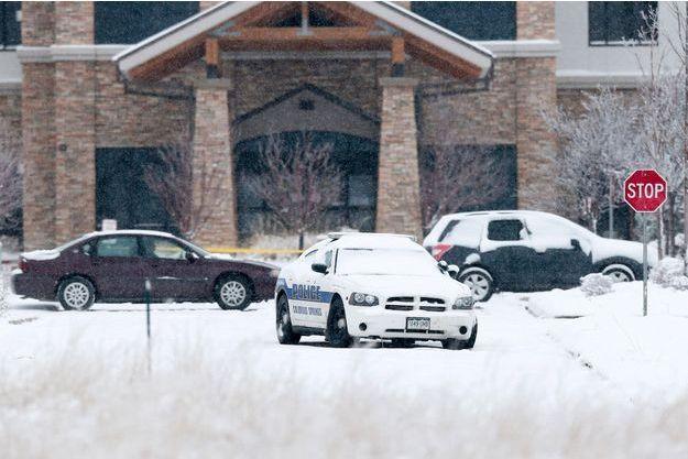Une voiture de police devant le planning familial de Colorado Springs.