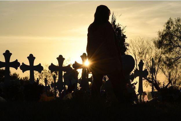 Mémorial de la tuerie de l'église au Texas, à Sutherland Springs aux Etats-Unis