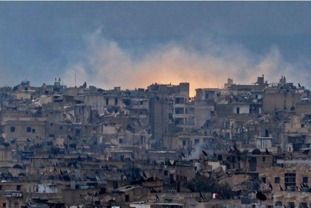 Alep à nouveau sous les bombardements.