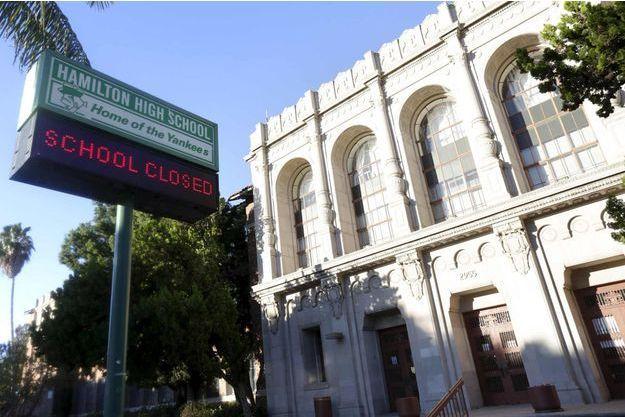 """Les écoles de Los Angeles ont été fermées pour ne prendre aucun risque suite à une menace jugée """"crédible""""."""