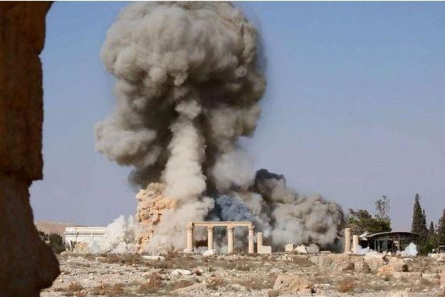 Une des photos de la destruction du temple de Baalshamin, dévoilées par Daech.