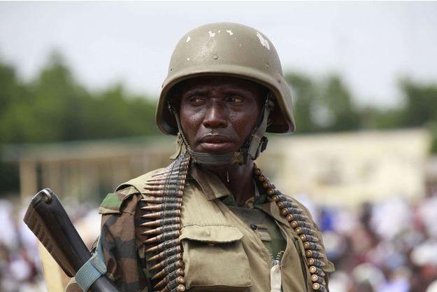 Un soldat nigérian.