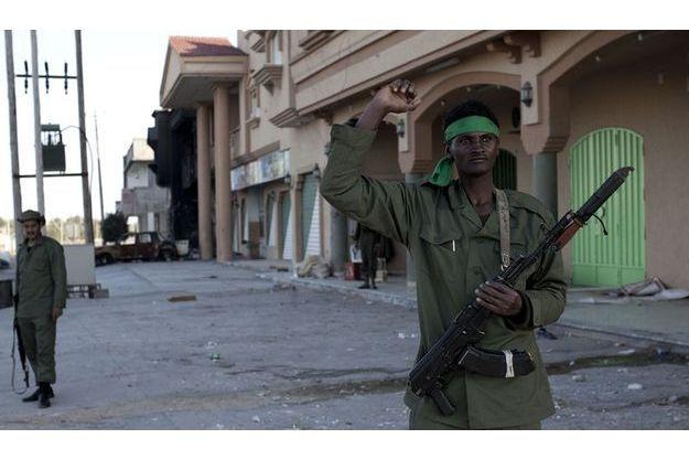Soldat kadhafiste appartenant aux forces ayant investi la ville de Misrata.