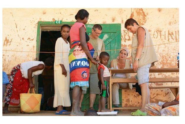 Au village de Berevo, c'est dans l'école communale  qu'ont lieu les consultations.