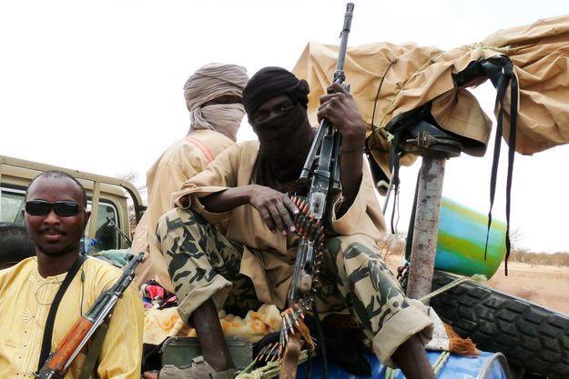 Des islamistes du groupe Ansar Dine, à Gao, au Mali, en juin dernier.