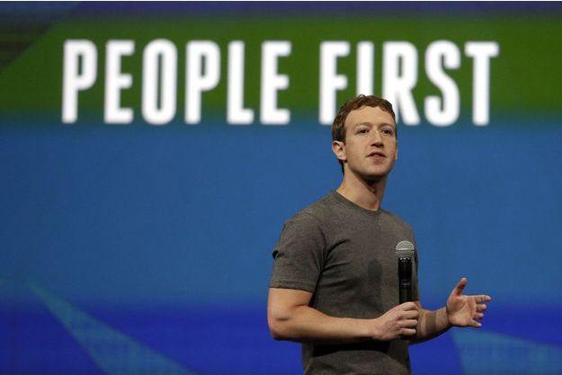 Mark Zuckerberg, photographié ici en avril 2014, a donné 25 millions de dollars pour la lutte contre le virus Ebola.