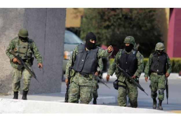Malgré un important dispositif de militaires, le Mexique est régulièrement le théâtre de ce genre de règlements de comptes.