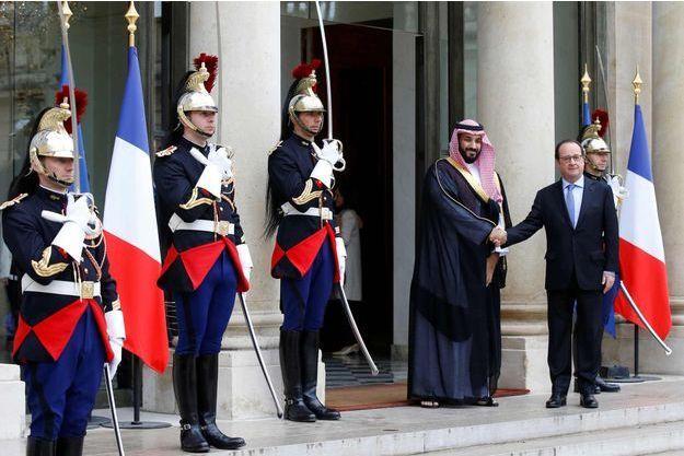 Le président français François Hollande a reçu le prince saoudien et ministre de la Défense Mohammed ben Salmane ce lundi 27 juin 2016.