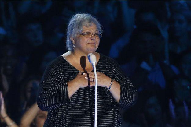 Susan Bro lors de la cérémonie des MTV Video Music Awards dimanche à Los Angeles.