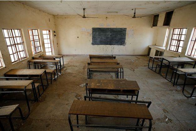 Une salle de classe de l'école de Dapchi, où ont été enlevées les élèves en février.