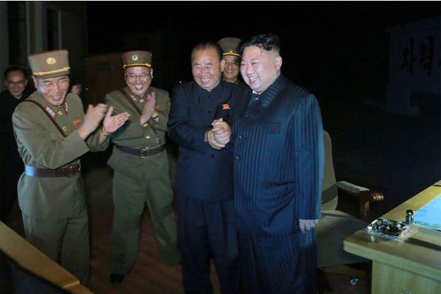 """Le leader communiste nord-coréen Kim Jong-Un a proclamé que désormais """"tout le territoire américain est à notre portée""""."""