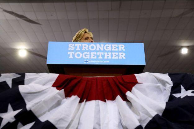 Hillary Clinton, candidate du parti démocrate à la présidence, à Philadelphie, vendredi.