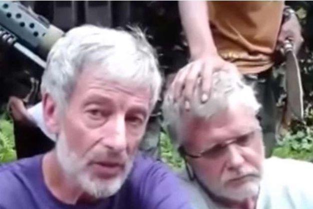Robert Hall et John Ridsel dans la vidéo.
