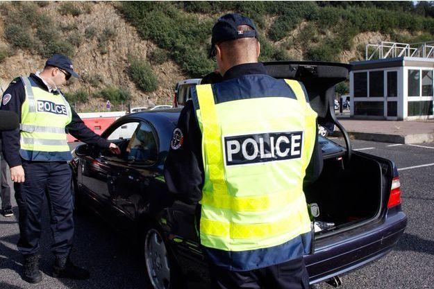Illustration de la police aux frontières