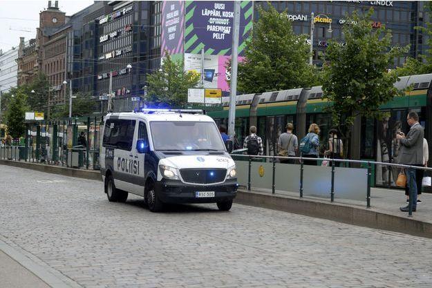Un homme a poignardé plusieurs personnes à Turku en Finlande vendredi.