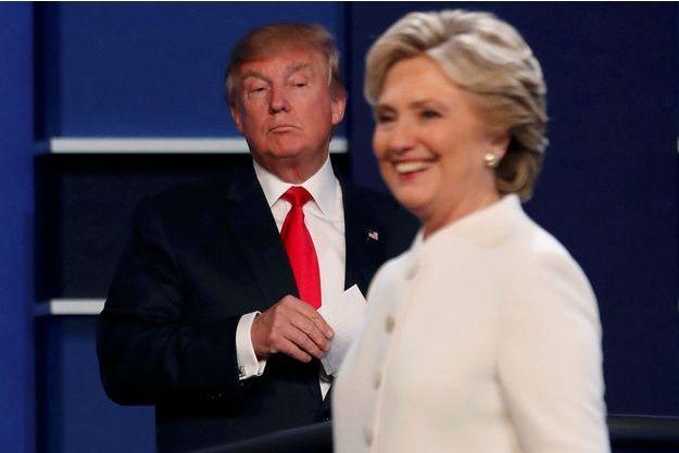 Donald Trump et Hillary Clinton lors du dernier débat à Las Vegas, le 19 octobre 2016.