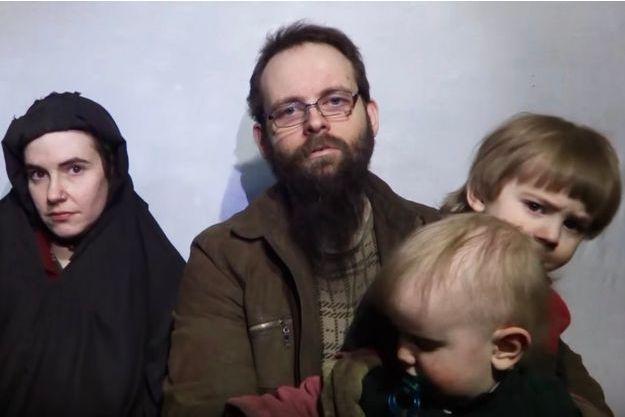 La famille Boyle-Coleman sur une vidéo transmise par les talibans en 2016.