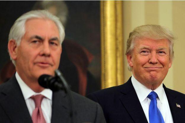 Rex Tillerson, secrétaire d'Etat et ancien PDG d'ExxonMobil, et Donald Trump, le 1er février 2017.