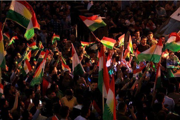 Manifestation de joie à Dohuk, dans le Kurdistan irakien.