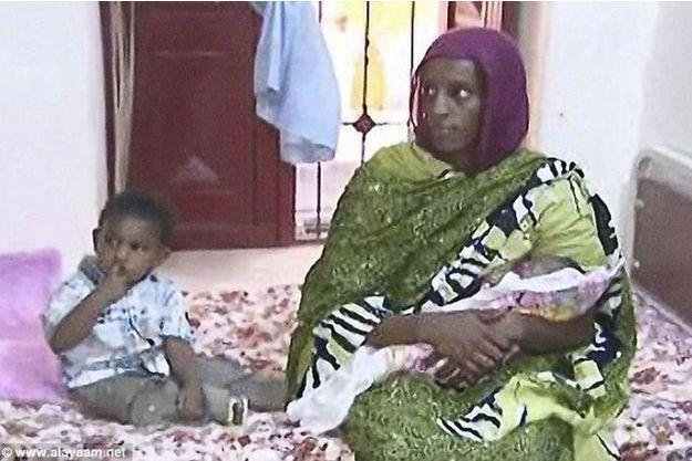 Meriam Ibrahim et ses enfants.