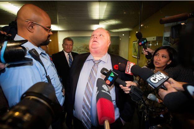 Rob Ford à la mairie de Toronto, jeudi, commentant la nouvelle vidéo.
