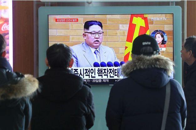 Kim Jong-Un diffusé à la télévision.