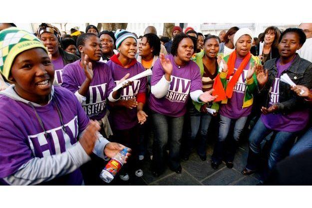 Des militantes de la lutte contre le Sida au Cap en 2007.