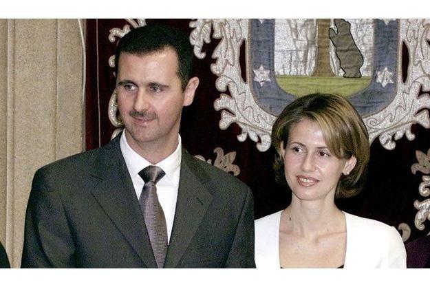 2001: Le président syrien Bachar El-Assad au côté de son épouse, Asma.