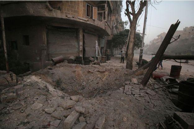 La ville d'Alep fait l'objet d'une vaste offensive aérienne.