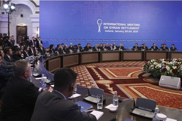 Les négociations se poursuivent à Astana