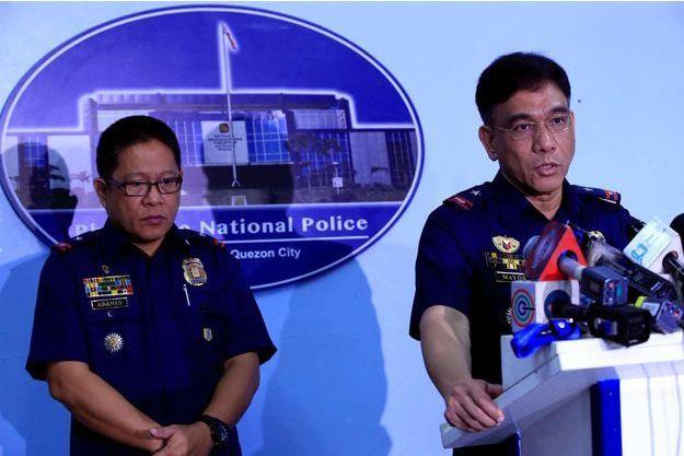 La police philippine a confirmé la mort de l'otage canadien Robert Hall par les islamistes d'Abou Sayyaf.