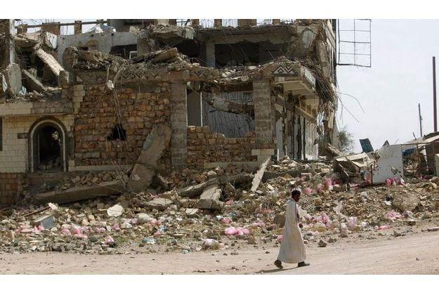 La ville dévastée de Saada, dans laquelle travaillait le Français enlevé samedi soir