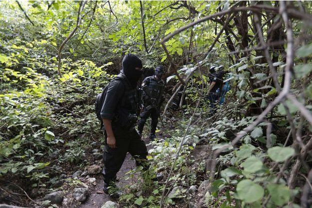 Vingt-huit corps carbonisés ont été retrouvé près d'Iguala. Ils pourraient appartenir à ceux des étudiants portés disparus depuis le 26 septembre dernier.