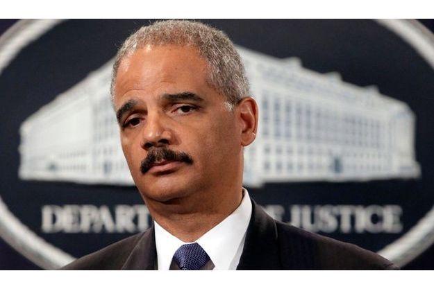 Le Procureur Général des Etats-Unis Eric Holder le 3 août, lors de l'annonce du démantèlement d'un réseau pédophile.