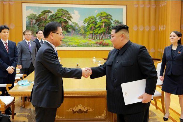 Chung Eui-yong et Kim Jong-un à Pyongyang, le 5 mars 2018.