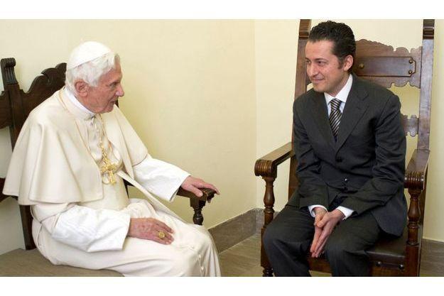 Benoit XVI et Paolo Gabriele