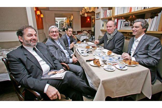 Au restaurant La Cigale-Récamier, lundi matin 21 novembre à 7 h 45.De g. à dr. :  Denis Olivennes, Emmanuel Hoog, Martin Ajdari, Marc Lambron et Laurent Solly.