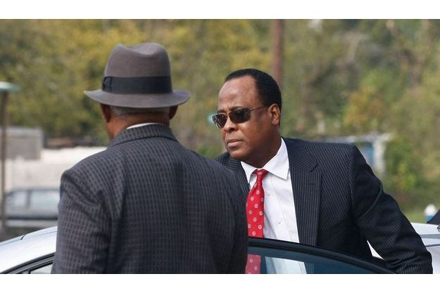 Le «Daily Mail» raconte la descente aux enfers du Dr Conrad Murray, le médecin de Michael Jackson.