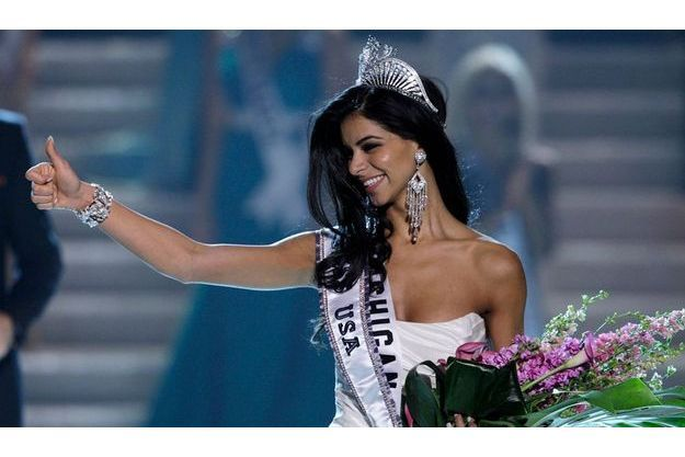La nouvelle Miss Etats-Unis Rima Fakih, 24 ans, est d'origine arabe libanaise et née dans le Michigan.