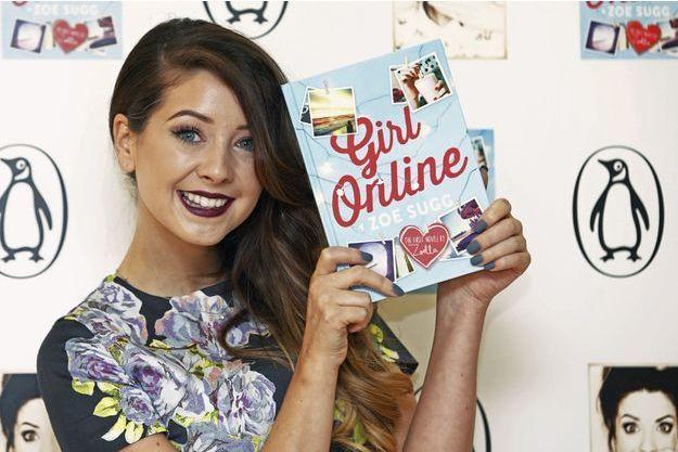 """Zoella lors de la présentation de son livre """"Girl Online"""", le 24 novembre à Londres."""