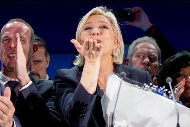 Marine Le Pen à Hénin-Beaumont, dimanche soir.