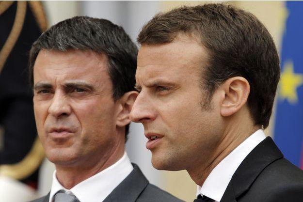 Manuel Valls et Emmanuel Macron en 2015.
