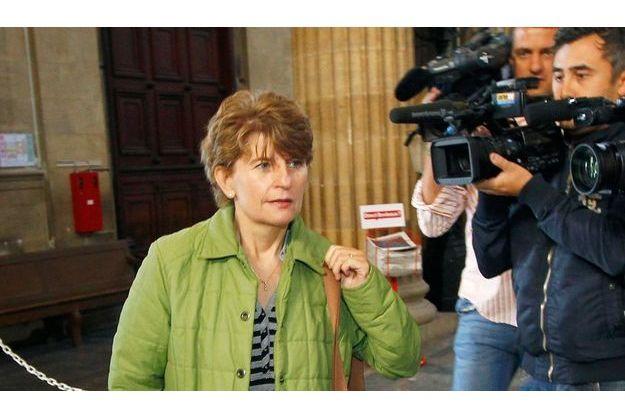 Claire Thibout arrive au tribunal de Bordeaux, le 14 septembre.