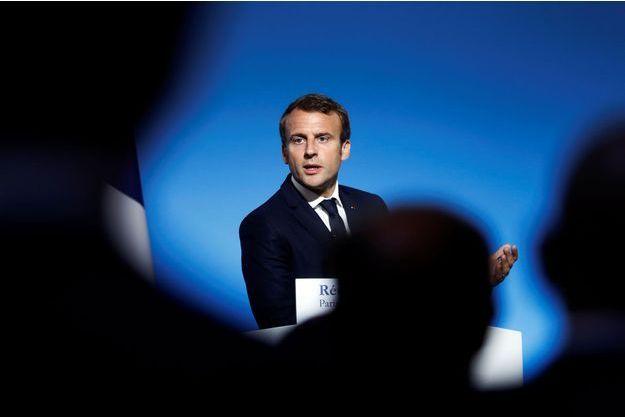 Emmanuel Macron s'adresse au corps préfectoral le 5 septembre à l'Elysée.
