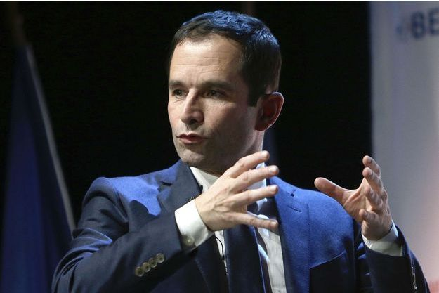 Benoît Hamon en meeting à Marseille, le 13 janvier 2017.