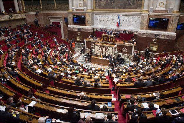 Collaborateurs parlementaires, les licenciés de l'ombre