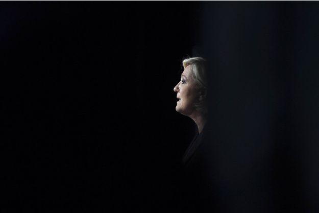 Marine Le Pen lors d'un meeting à Monswiller, dans le Bas-Rhin, le 5 avril.