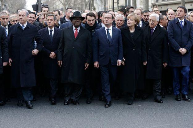 Nicolas Sarkozy, entre Benjamin Netanyahou et le président malien Boubacar Keïta.