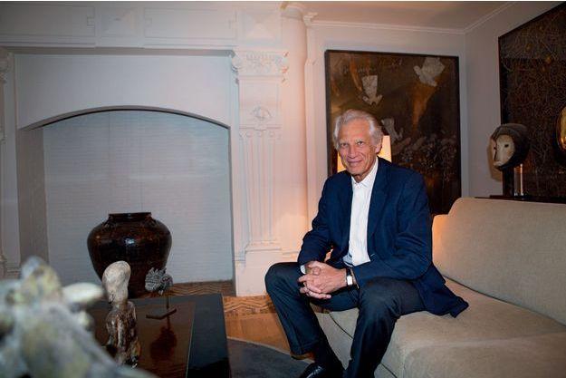 Dominique de Villepin dans son bureau, chez lui à Paris, le 7 novembre