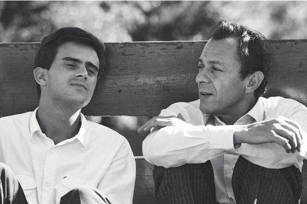 Manuel Valls et Michel Rocard à l'université d'été des jeunes rocardiens dans la station savoyarde des Arcs, en septembre 1985.